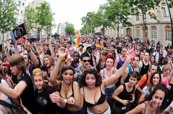 Фото с гей-парада в Берлине