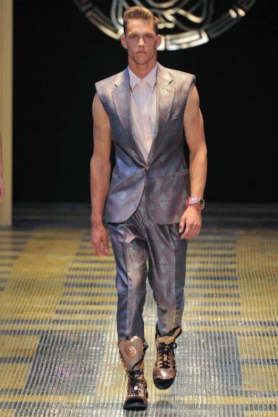 Новая мужская коллекция Versace