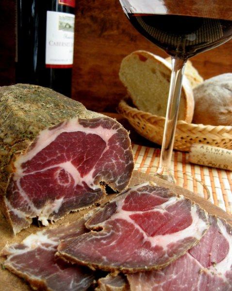 Вкусный рецепт приготовления мяса с грибами