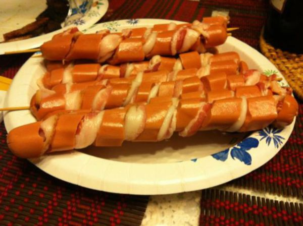 Спиральные сосиски для хот-догов