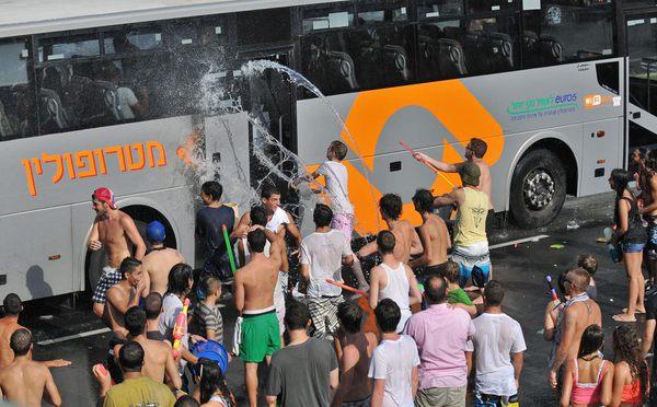Водное мочилово в Израиле