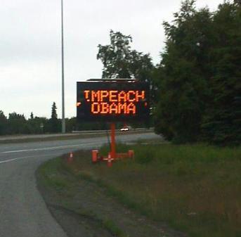 Хакеры взломали дорожные знаки на Аляске