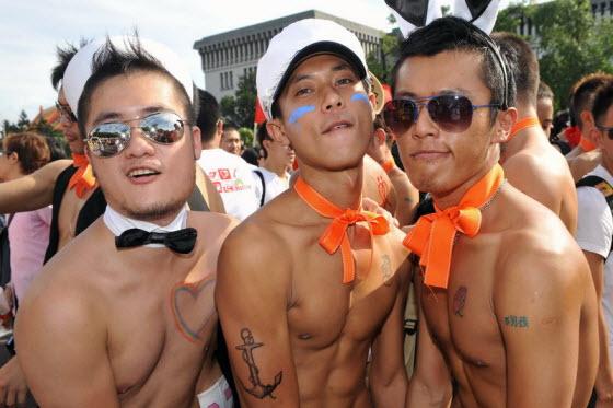 """Из официального словаря китайского языка убрали слово """"гей"""""""