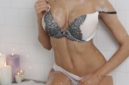 Мокрые девушки