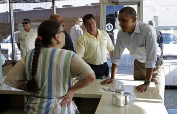 Американка умерла от радости накормив Обаму