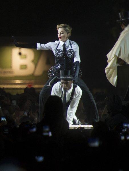 10 лучших фото с нового мирового тура Мадонны