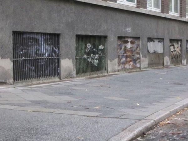 Стрит-арт от дуэта Zebrating