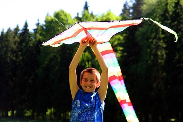 Белорусские военные успешно посадили детский воздушный змей