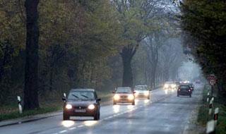 ГАИ: до 10 сентября нужно двигаться с включенным светом фар