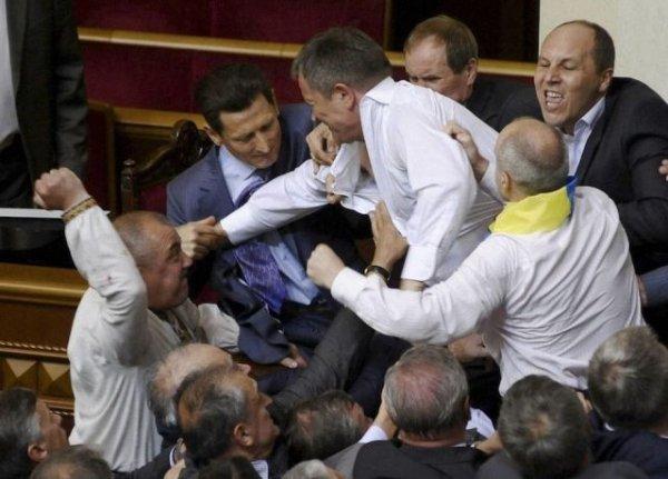Как в украинском парламенте решают вопросы