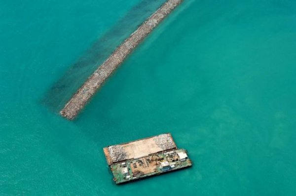 Как делаются рукотворные острова