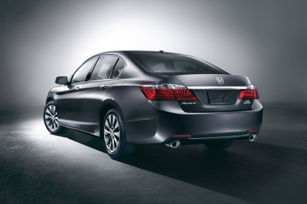 Первые фото 2013 Honda Accord