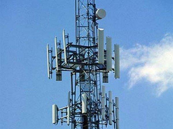 Вышки с антеннами сотовой связи