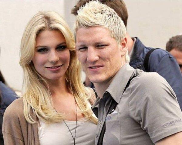 Красивые болельщицы из Германии на Евро-2012