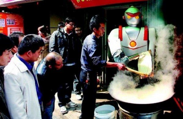 Армия роботов по приготовлению лапши угрожает китайским шеф-поварам