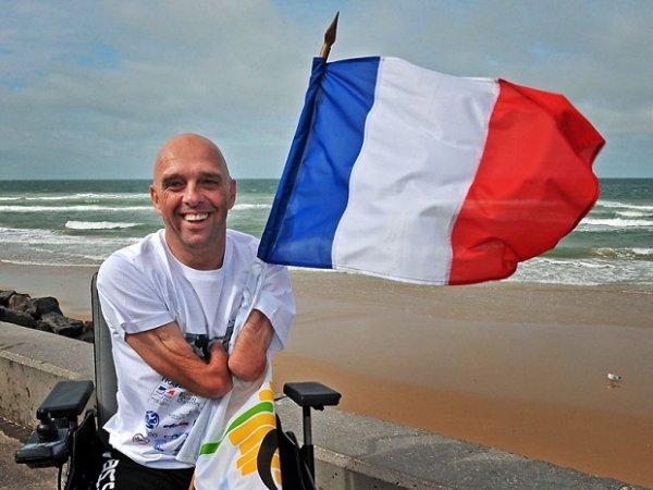 Француз без рук и ног переплыл пять континентов