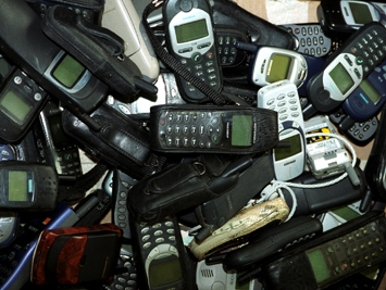 Власти РБ хотят произвести миллион белорусских мобильников