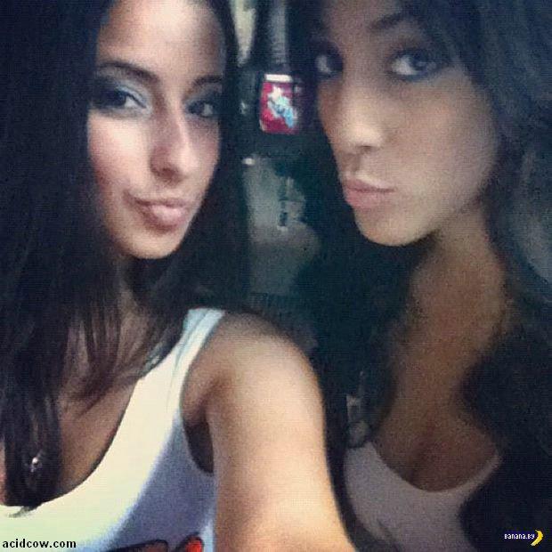 Девушки из Hooters в Инстаграме