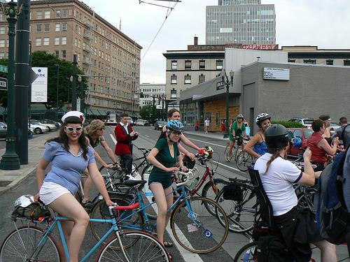 Американцы пересаживаются на велосипеды