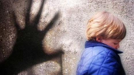 Верховный суд считает достаточно жесткими 15 лет колонии для педофилов