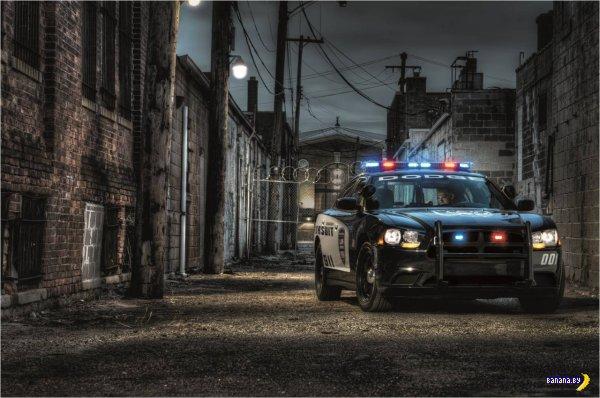 2014 Dodge Charger Pursuit AWD послужит полицейским перехватчиком