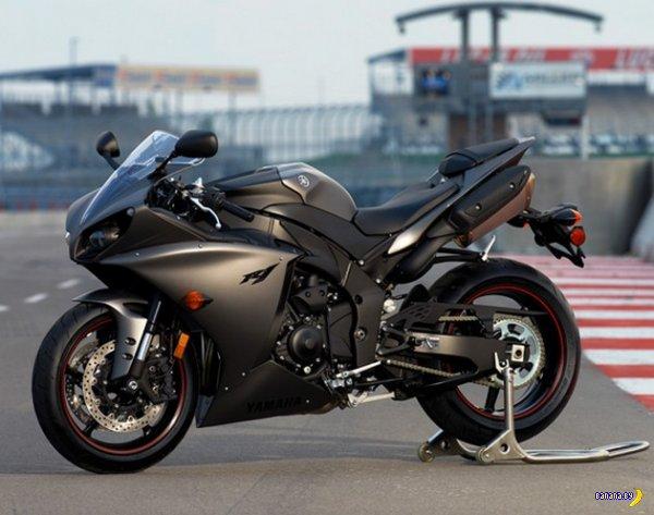2013 Yamaha YZR-F1