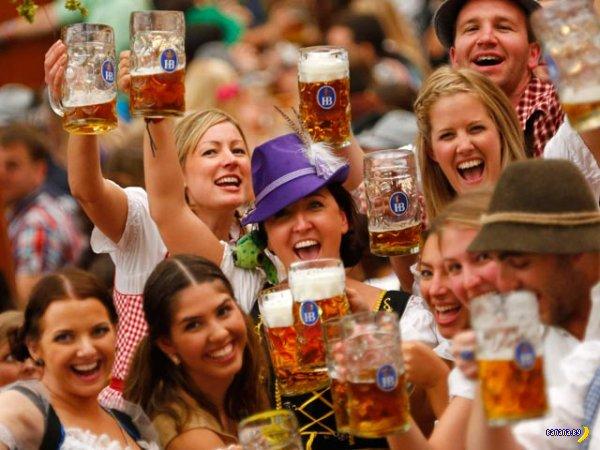 В Германии открылся фестиваль пива Октоберфест