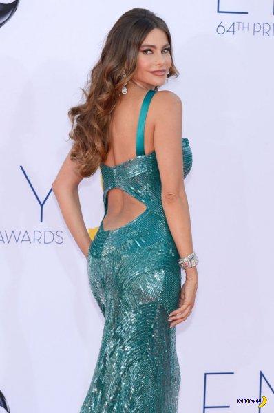 Тесное платье Софии Вергары
