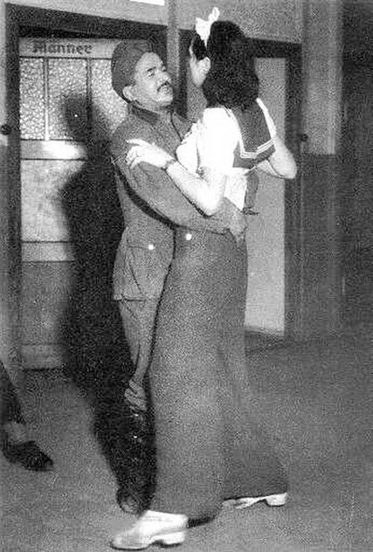 проституток рейхе фото в третьем