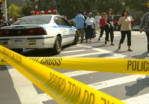 В США полицейский застрелил голого студента