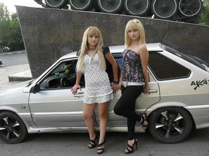 Девочки и ВАЗы