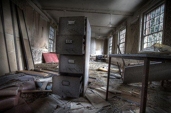 Еще одна заброшенная психиатрическая клиника