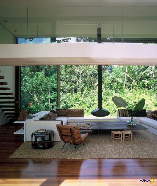 Особняк в джунглях Бразилии