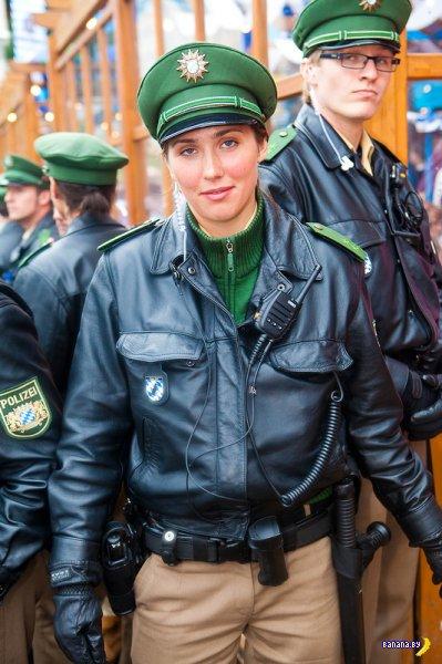 Девушки Октоберфеста 2012