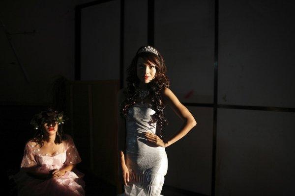 Конкурс красоты среди трансов в Непале