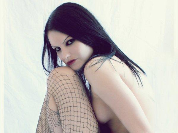 """Красивые неформальные девушки из """"Вконтакте"""""""