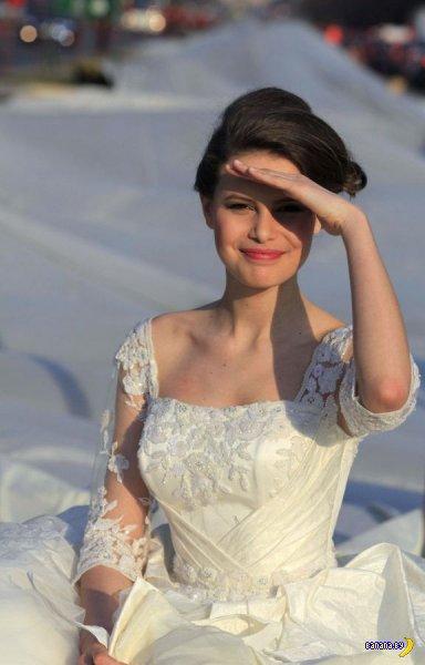 Самый длинный шлейф свадебного платья в мире