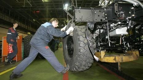 Лукашенко: кому нужно искусственное объединение МАЗа и КамАЗа?