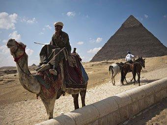 Египетские исламисты потребовали сровнять пирамиды с землей