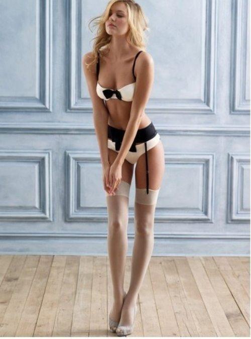 Красивые девушки в нижнем белье - 3