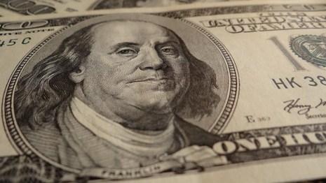 Беларусь хочет получить от приватизации 2,5 млрд долларов и в 2013 году