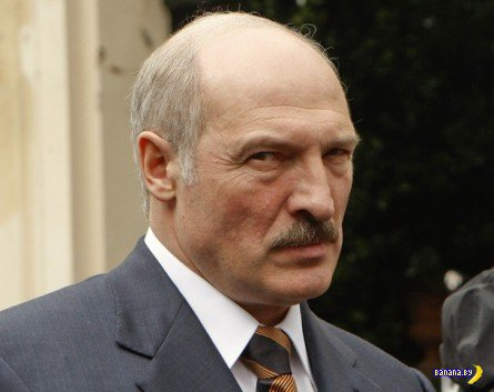С 1 декабря Лукашенко запретил белорусам увольняться с работы