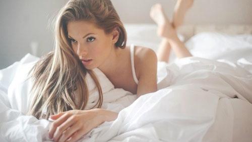 Девушки в постели
