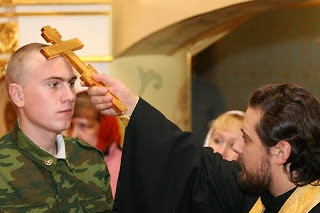 Шойгу должен увеличить число армейских священников