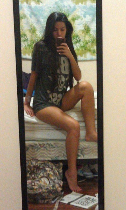 Девушки и ноги