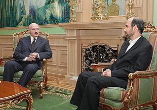 Лукашенко просит денег у Ирана