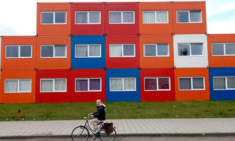 Либеральный Амстердам планирует строительство домов для «отбросов общества»