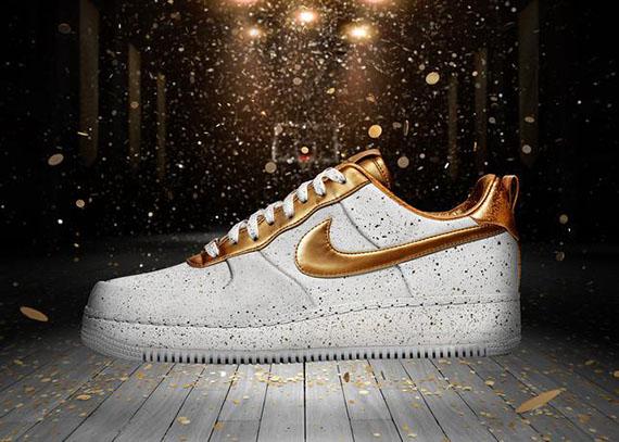 В декабре 2012 года легендарным кроссовкам Nike Air Force 1 исполняется 30 лет