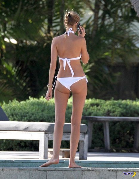 Марина Линчук на пляже