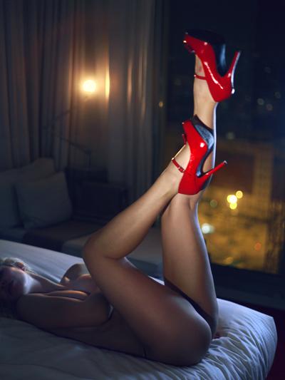 Женщины загружают более откровенные фотографии в социальных сетях